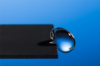 Laser Creates Super-Hydrophobic Material